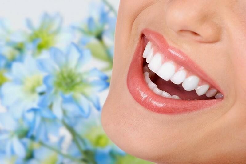 ăn gì sau khi tẩy trắng răng