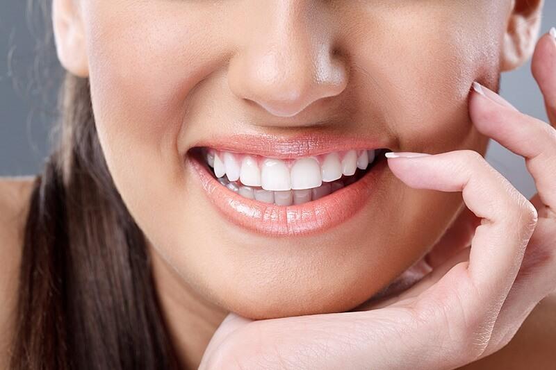 Bọc răng sứ bao nhiêu tiền