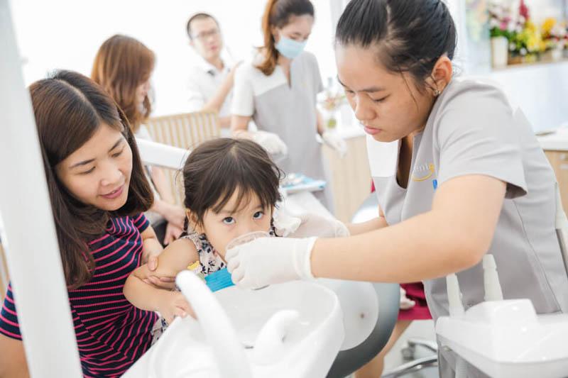 niềng răng cho trẻ em giá bao nhiêu
